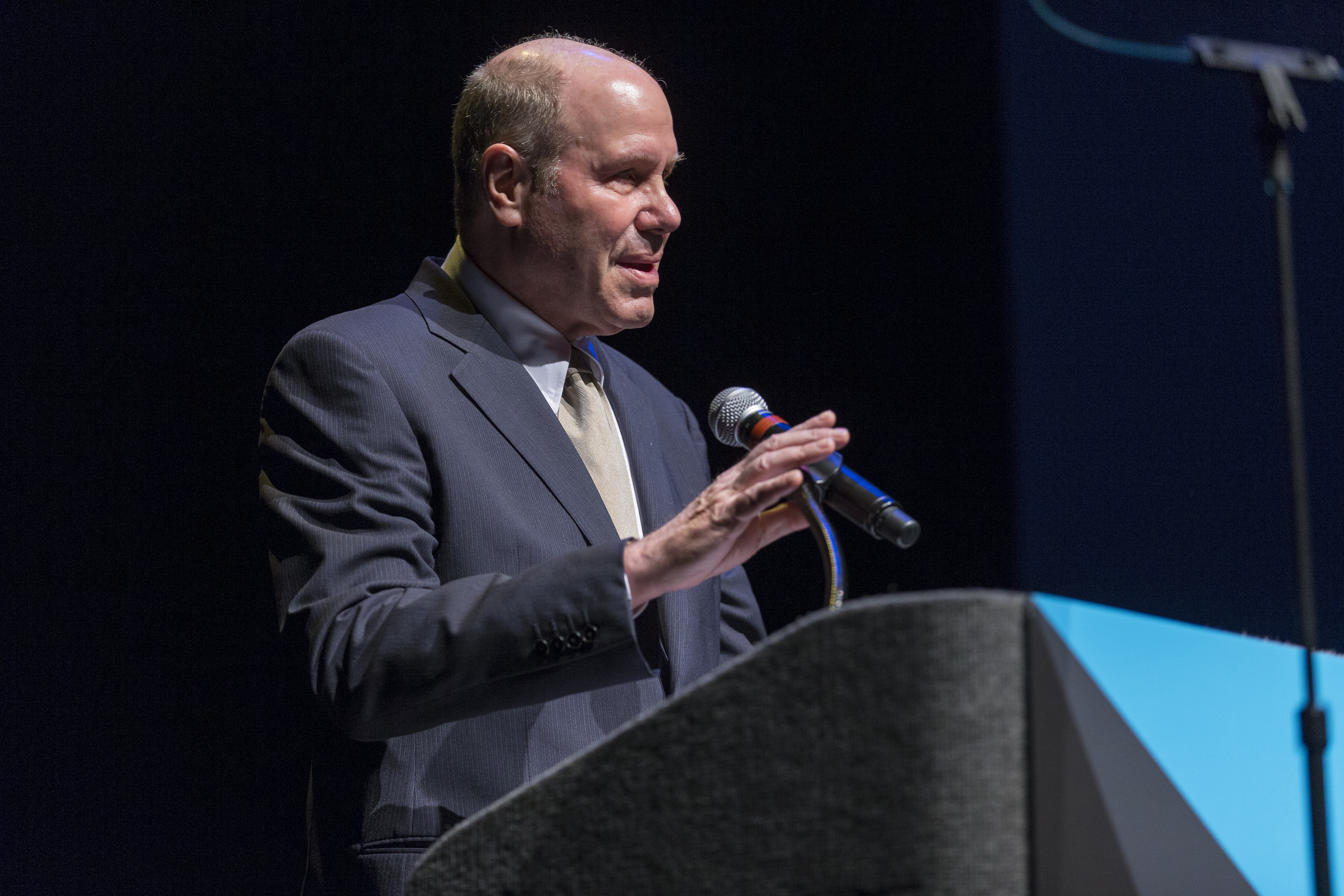 RCLA present Michael Eisner speaking at Van Wezel Performing Arts Hall in Sarasota --Photo by Rod Millington